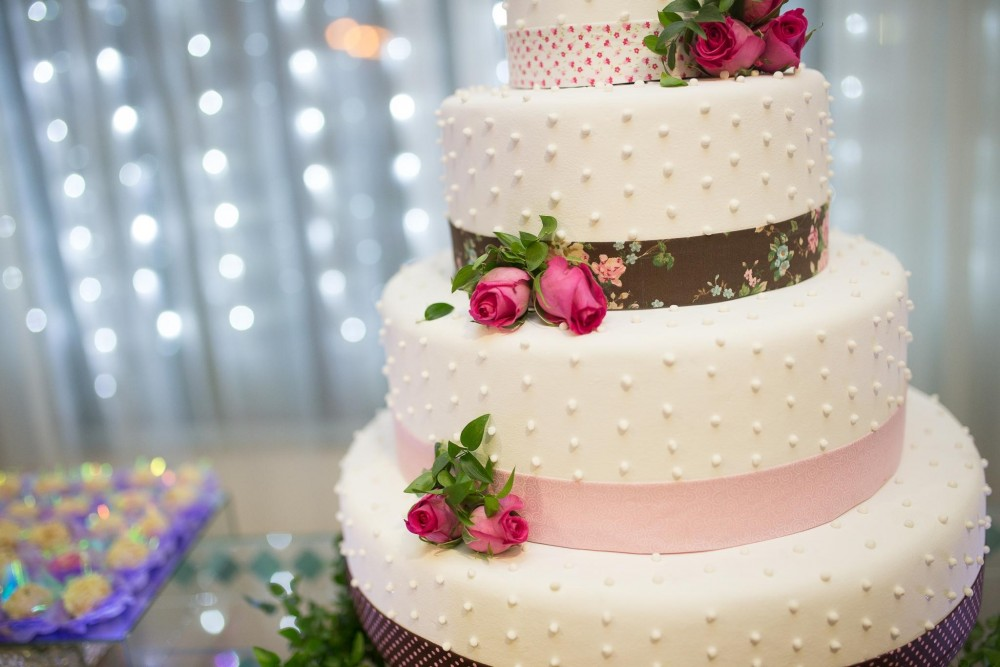 Cake: Valentine's Day Inspired Wedding Ideas | Indian Ridge, Hudson Valley Wedding Venue