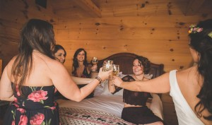 Bridal-Party-in-Bridal-Suite