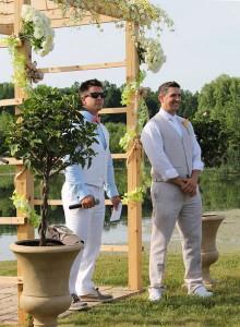 groom-at-altar1
